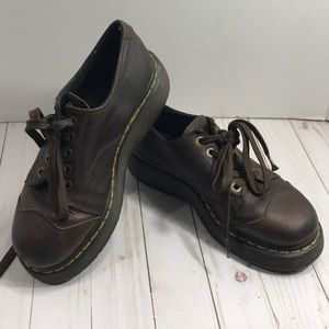 Dr. Martens brown leather lace ups style 8651